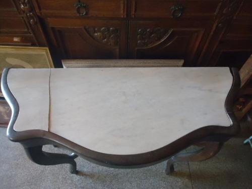 aparador de madeira antigo com mármore