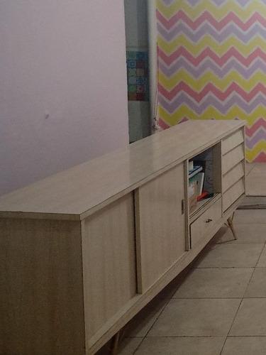 aparador/rack de sala