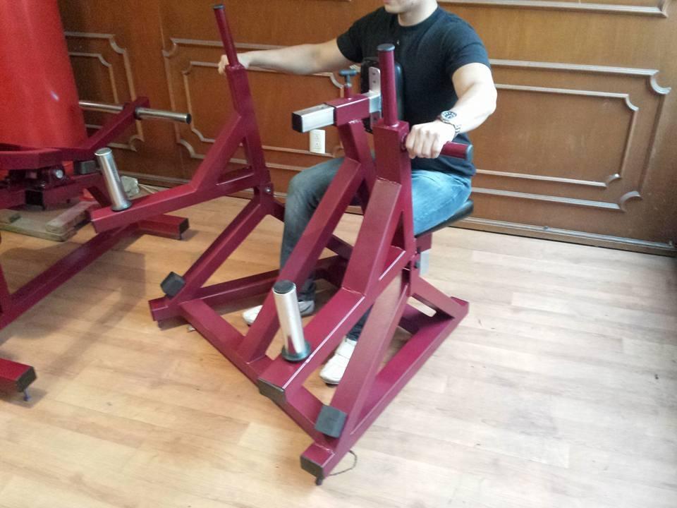 Aparato remo sentado espalda gym uso rudo fb fitness big for Aparatos gimnasio