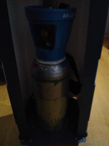 aparelho eletrônico de carboxiterapia com cilindro