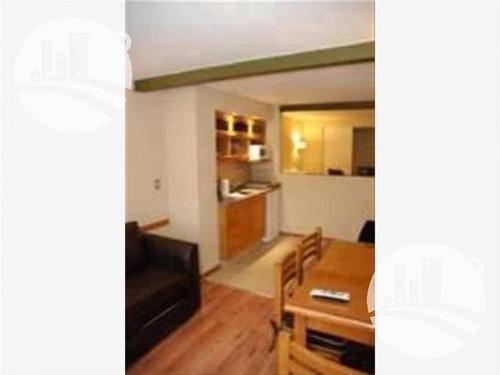 apart: 12 hab.   8 suites. 4*