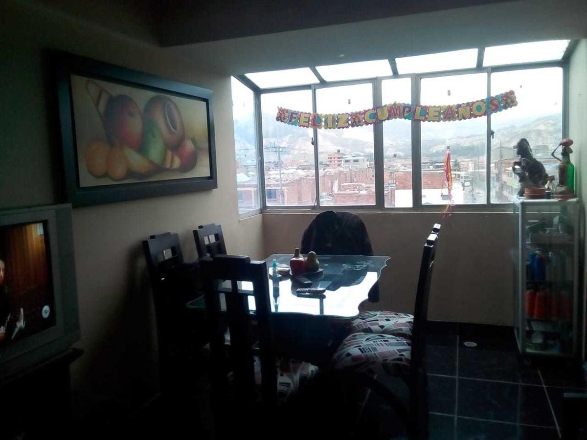 apart. duplex,  3 habitaciones, 2 baños, terraza, esquinero