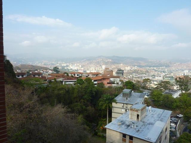 apart en colinas de bello monte 2hab 2bañ