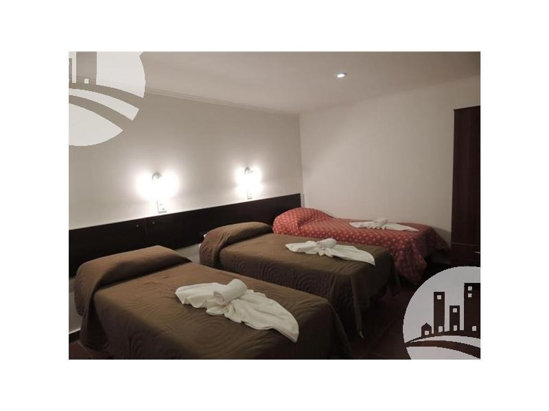 apart hotel: 7 dtos   25 hab
