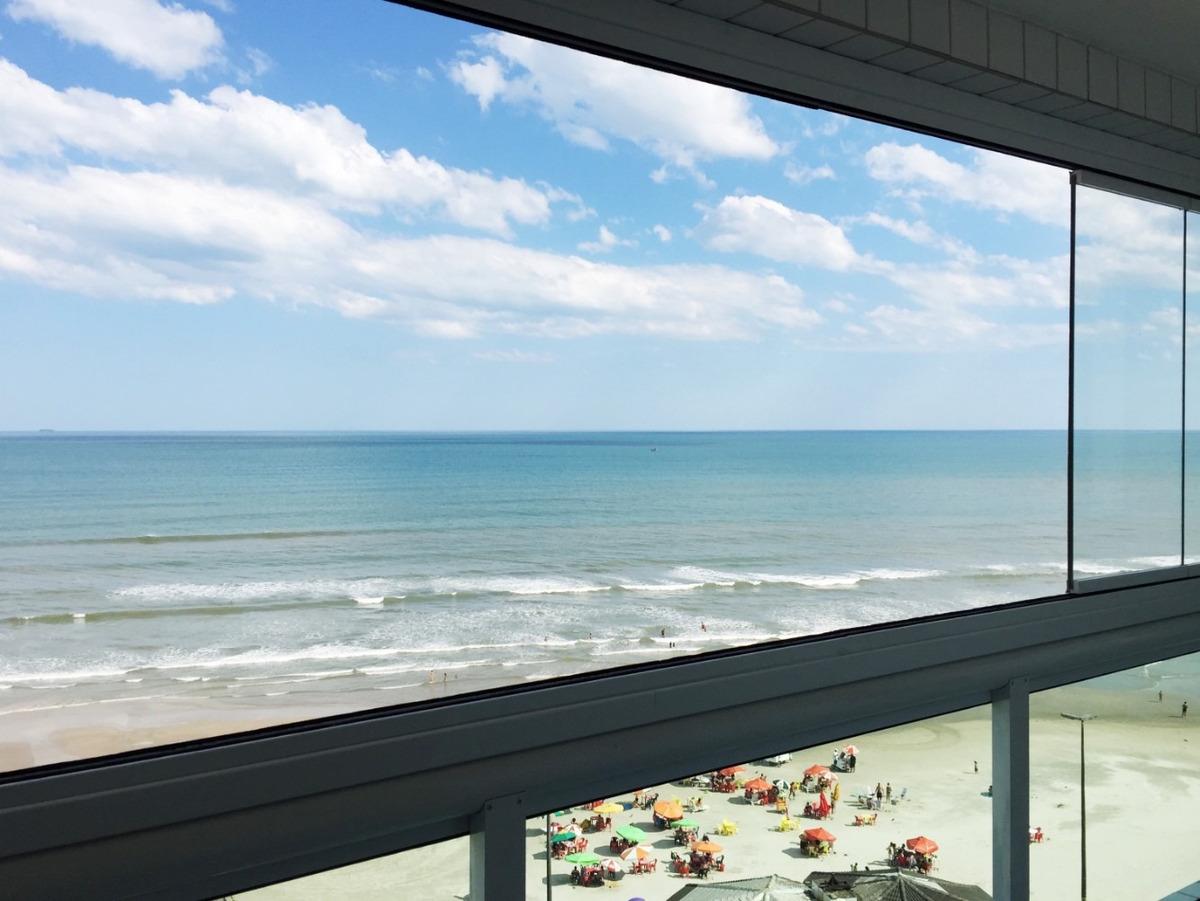 apart. na av. da praia com varanda gourmet/ piscina/wi-fi/