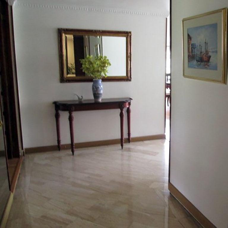 apartaestudio en venta santa barbara central 503-4610
