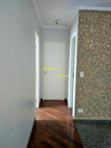 apartamento 02 dormitórios, sala 02 ambientes. claudio 80377
