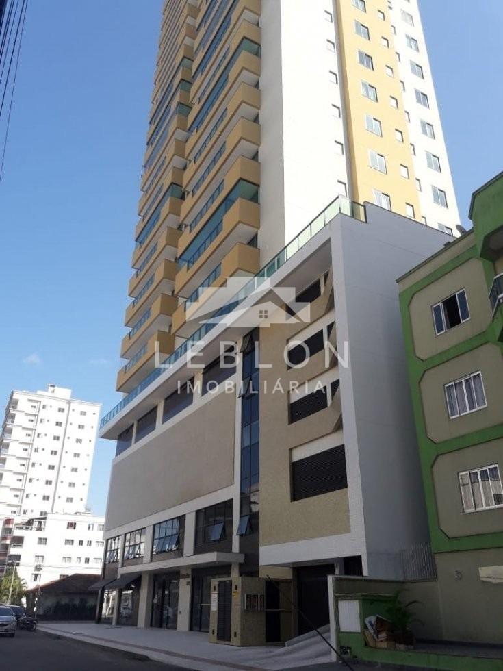 apartamento 04 suites em meia praia  - 2150
