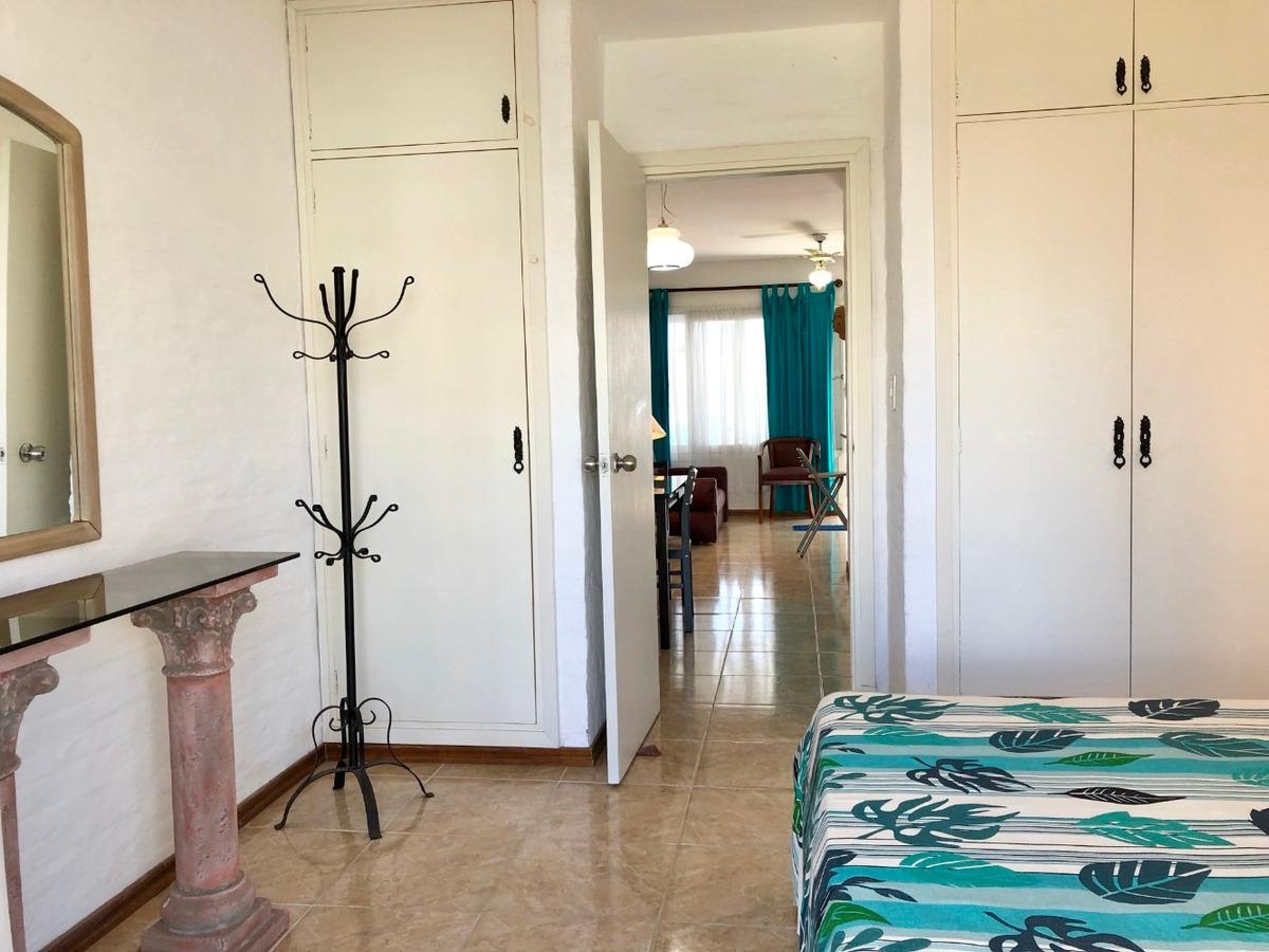 apartamento 1 dormitorio reciclado, terraza, vista al mar.