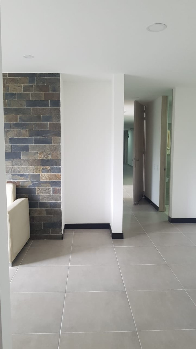 apartamento 2 alcobas 68 m2 av.centenario