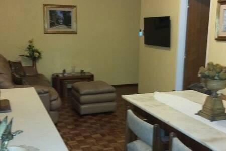 apartamento 2 dorm amueblado y equipado zona club malvín