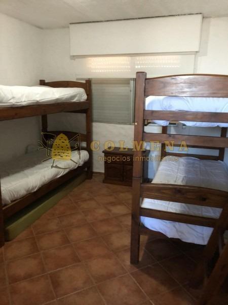 apartamento 2 dormitorios 2 baños con churasquera en el corazon de la barra para alquiler a 190 dolares la diaria minimo de 7 a 10 dias.- ref: 1432