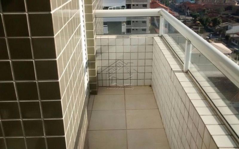 apartamento 2 dormitórios com suíte na vila mirim aceita financiamento