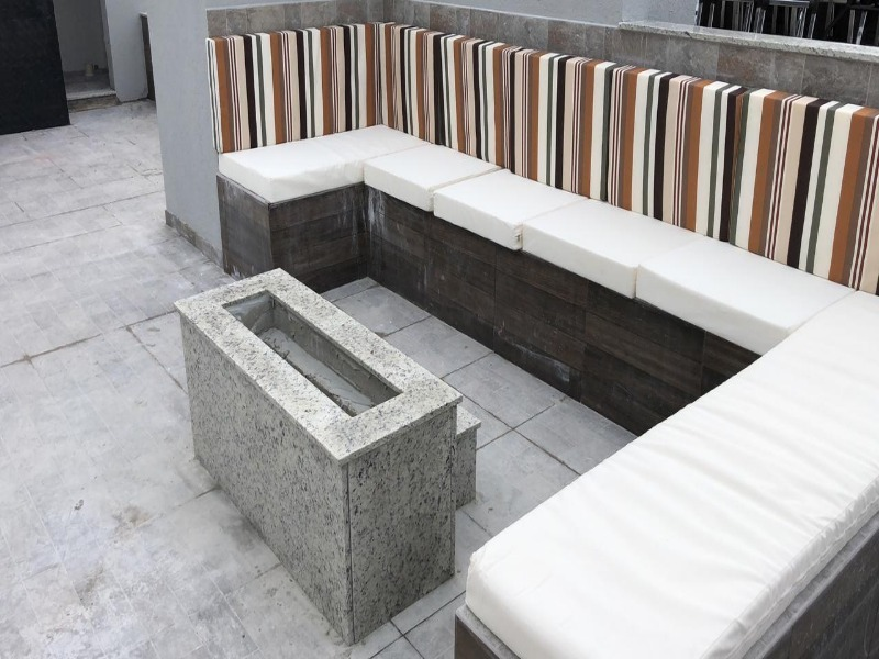 apartamento 2 dormitorios  na praia dos amores!!! mobiliado e decorado! - 2d024 - 4439695