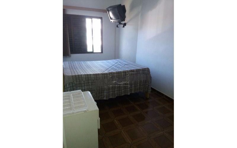 apartamento 2 dormitórios próximo à praia na vila caiçara em praia grande