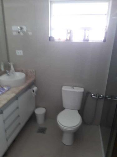 apartamento, 2 dormitórios, reformado, ótima localização!