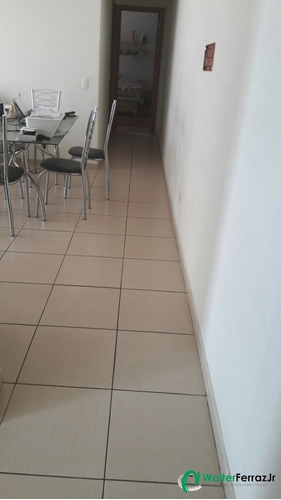 apartamento 2 dormitórios simples com 1 vaga demarcada. - 1108