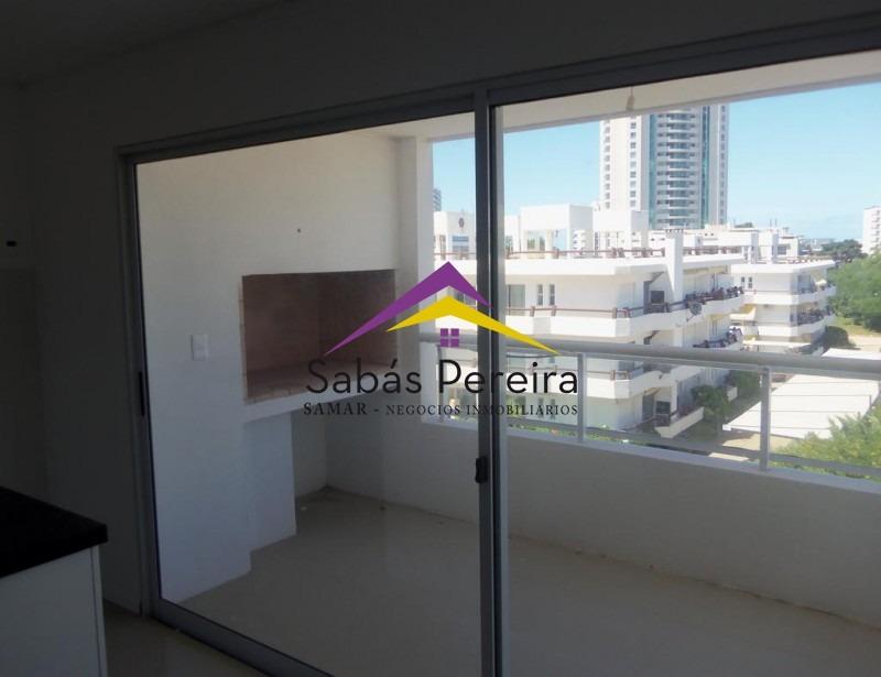apartamento 2 dormitorios ubicado en zona aidy grill de punta del este.- ref: 38059