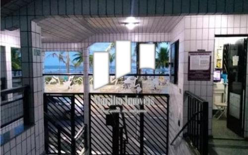 apartamento 2 dormt pé na arreia em praia grande sp.
