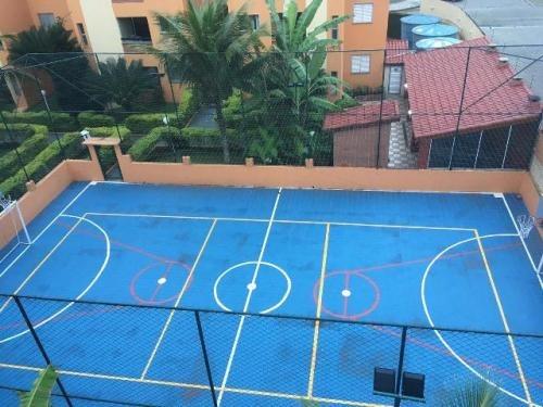 apartamento 2 quartos em condomínio com piscina na praia