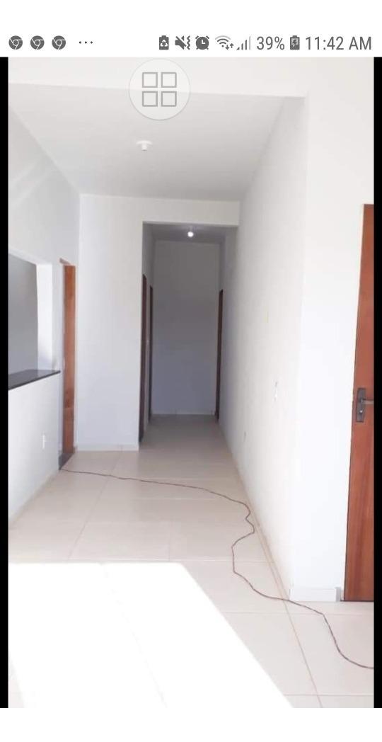 apartamento 2 quartos, um com suíte.sala,cozinha, varanda.