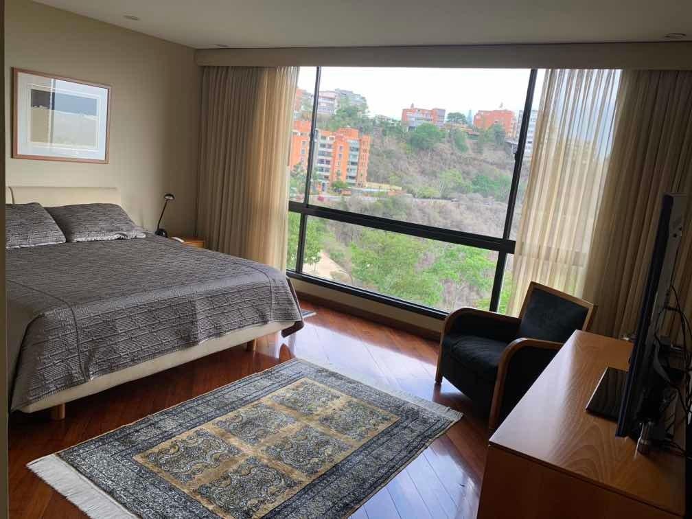 apartamento 230 m colinas de valle arriba calle cerrada