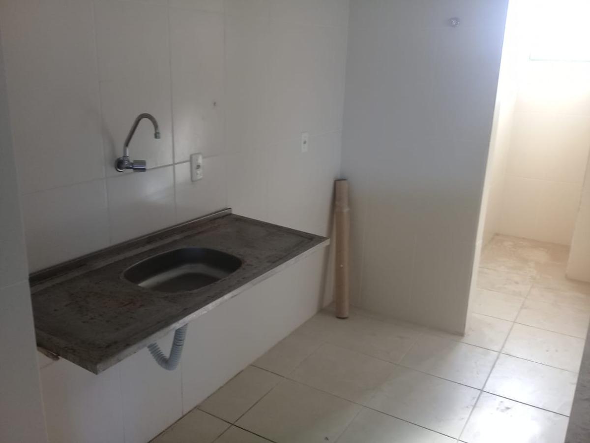apartamento 2/4, 1 suíte, pituaçu
