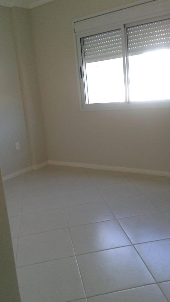 apartamento 3 dormitório sendo 1 suíte, otima localizaçao.