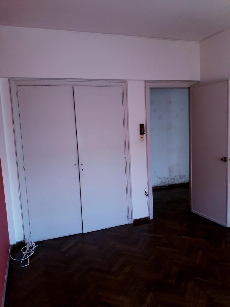 apartamento 3 dormitorios 2 baños y servicio completo