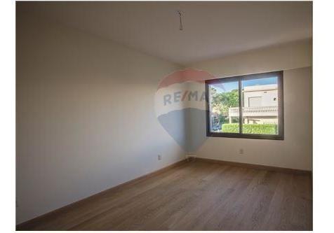 apartamento 3 dormitorios con vista al mar