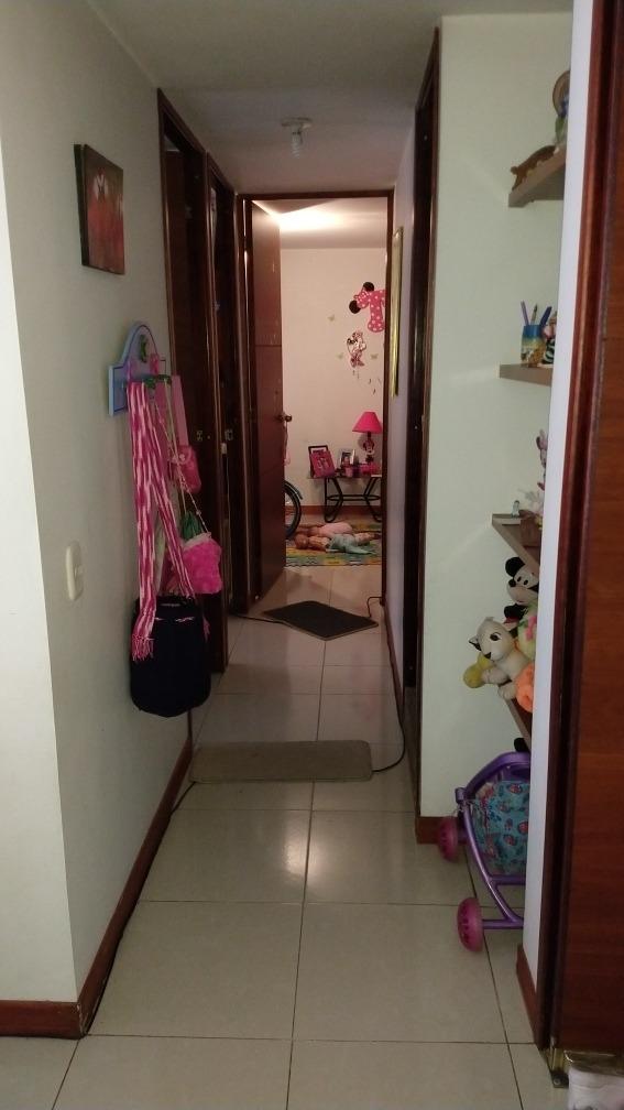 apartamento 3 habitaciones 2 baños 1 garaje cubierto 1 depos