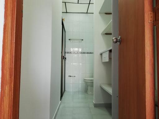 apartamento 3 habitaciones, 2 baños, 2 balcones, cuarto util