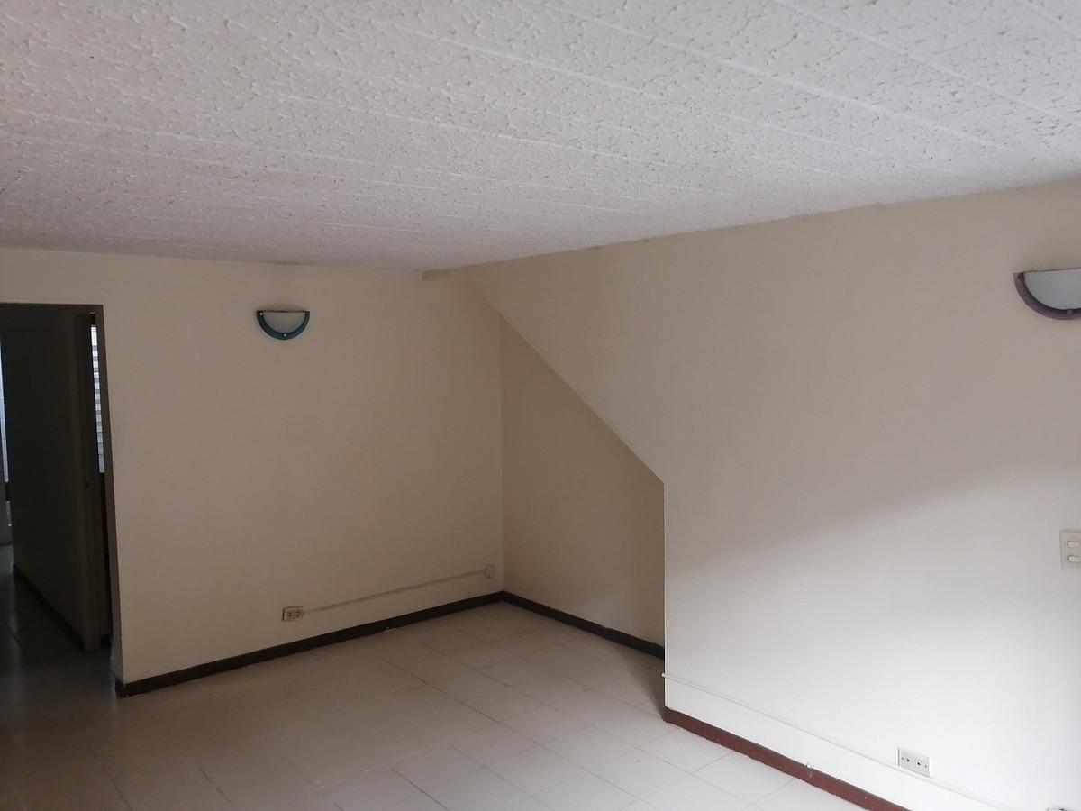 apartamento 3 habitaciones, parqueadero, unidad cerrada