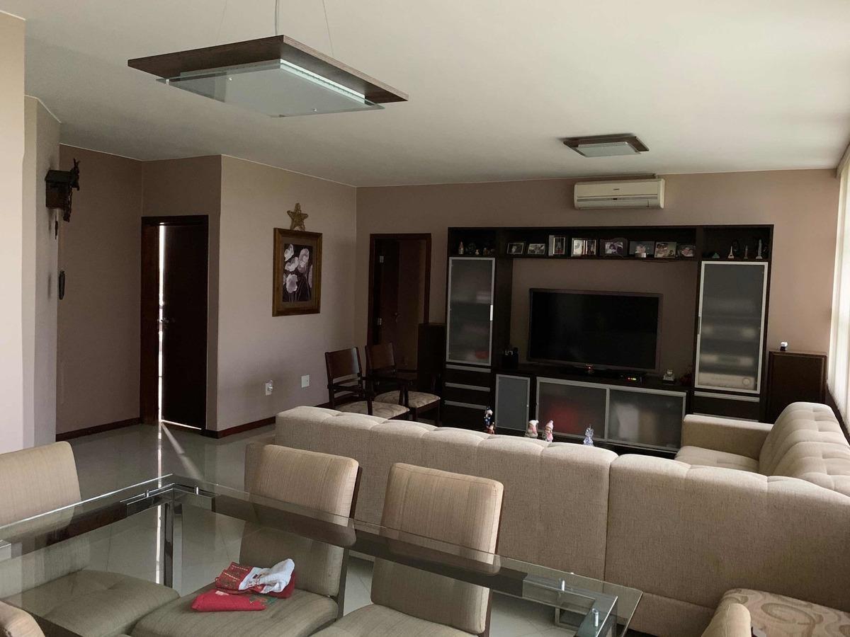 apartamento 3 quartos 105 sul. 6º andar de canto. reformado.