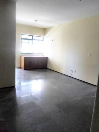 apartamento 3 quartos (suítes), 2 garagens, varanda, piscina