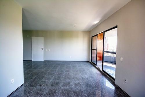 apartamento 3 quartos, varanda com vista para o cocó, closet