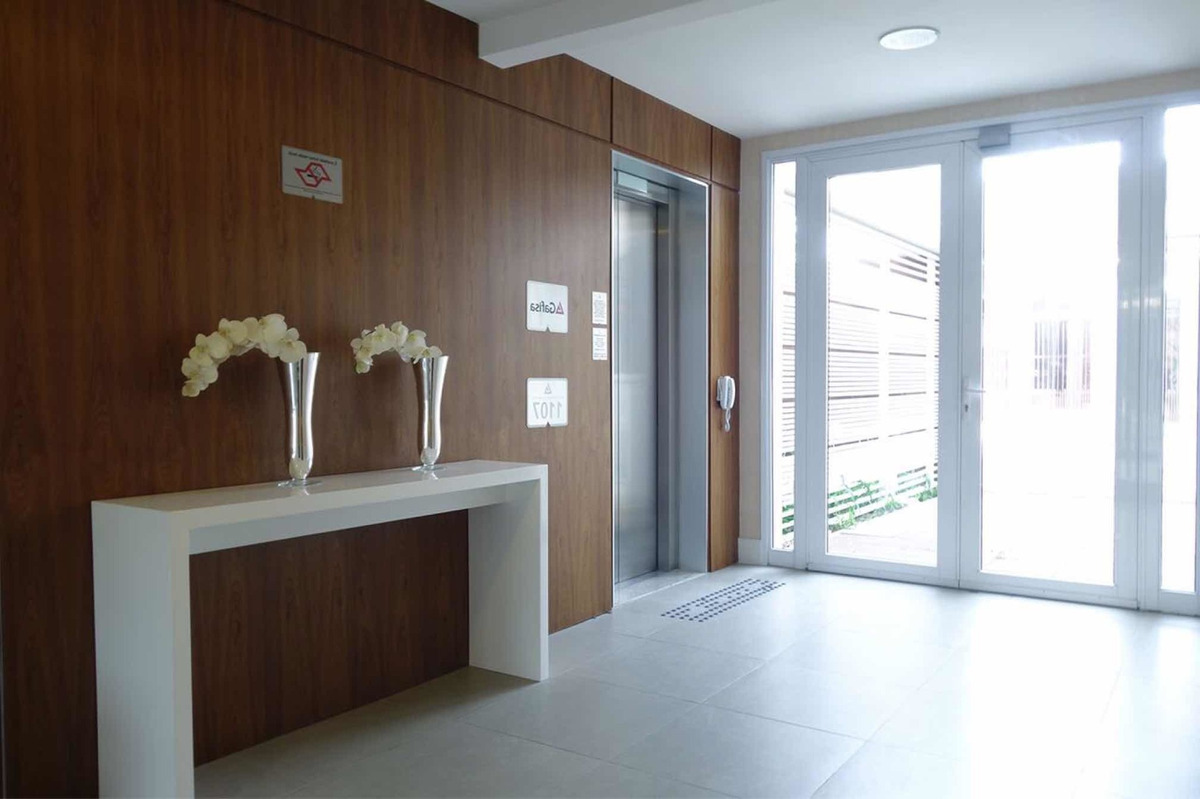 apartamento 51m lindo 26 andar, uma quadra do shopping morum