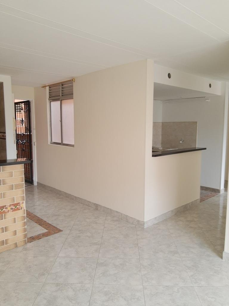 apartamento 70m2, 3 alcobas, 2 baños