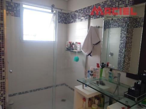 apartamento a venda banheiros com gabinete e box blindex