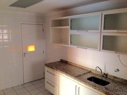 apartamento a venda com grande varanda com churrasqueira