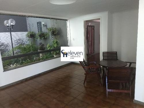 apartamento a venda na graça, salvador com 2 quartos sendo uma suite, sala, varanda, cozinha, área de serviço, banheiro,1 vaga, 84 m². - ap01323 - 32739894
