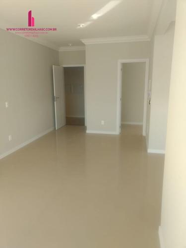 apartamento a venda no bairro ingleses do rio vermelho em - cb162-1