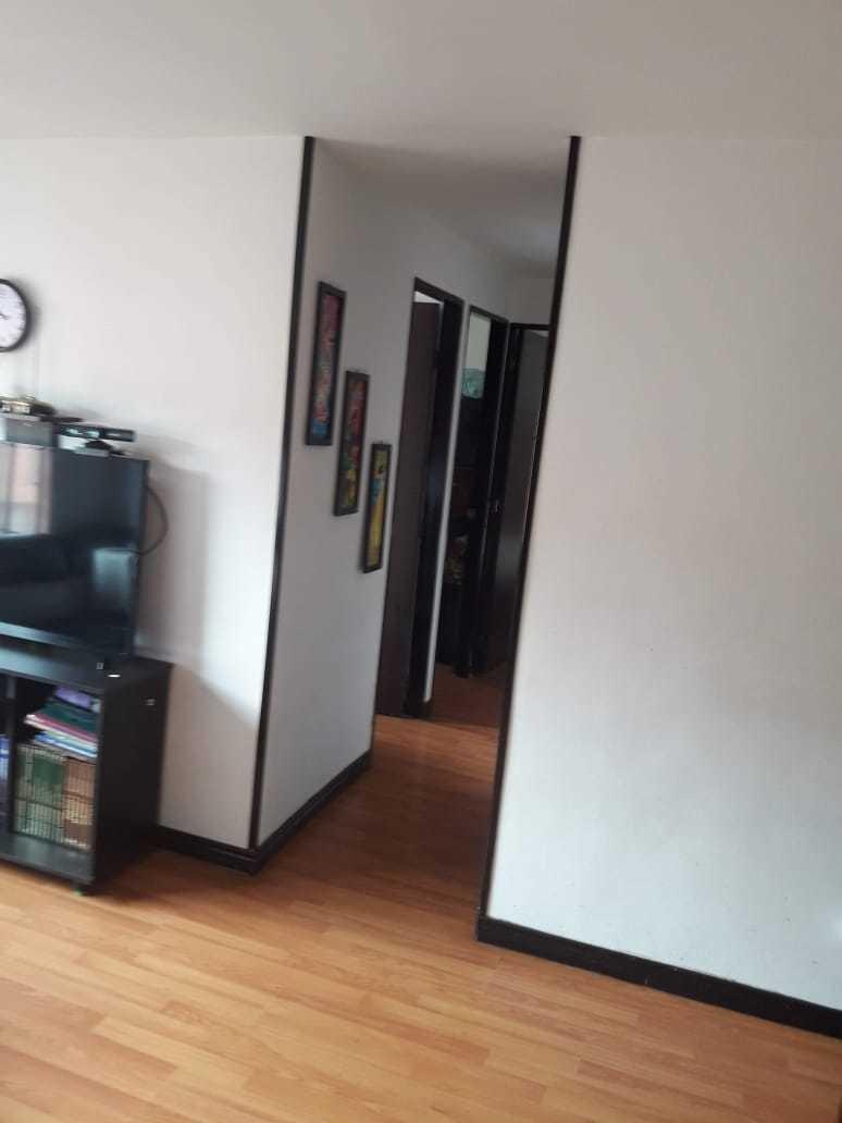 apartamento acabado,  que cuenta con 3 alcobas