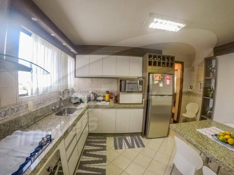 apartamento alto padrão região central de blumenau, 4 dormitórios e 3 vagas individuais. - 3575767v