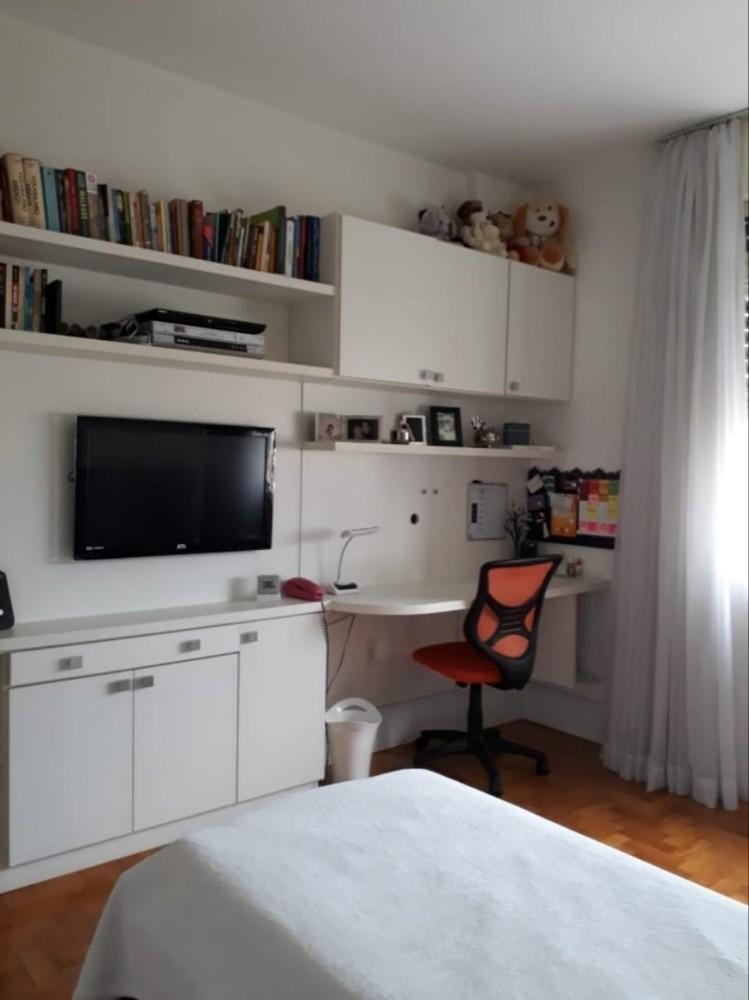 apartamento amplo 3 quartos, garagem, próximo à redenção