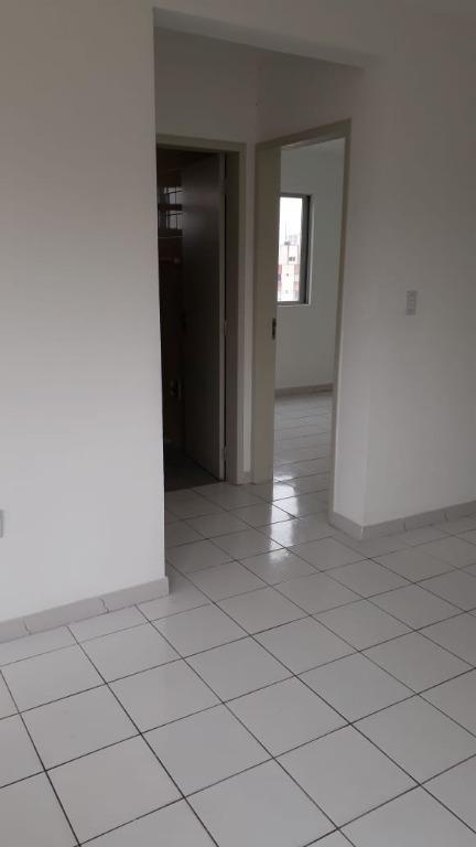 apartamento amplo com 2 dormitórios, sacada, 1 vaga de garagem - roçado, são josé. - ap4555