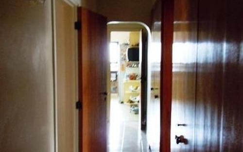 apartamento  amplo, com lareira e varanda, boa localização no morumbi, são paulo.