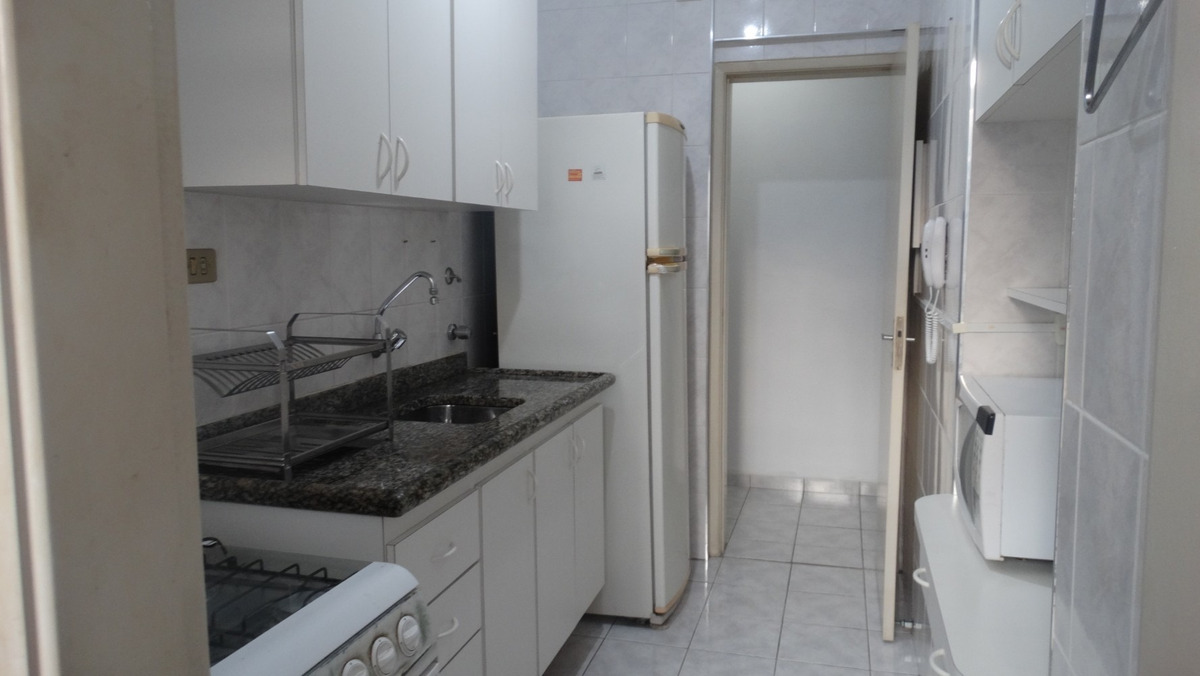 apartamento amplo de 1 quarto pitangueiras guarujá