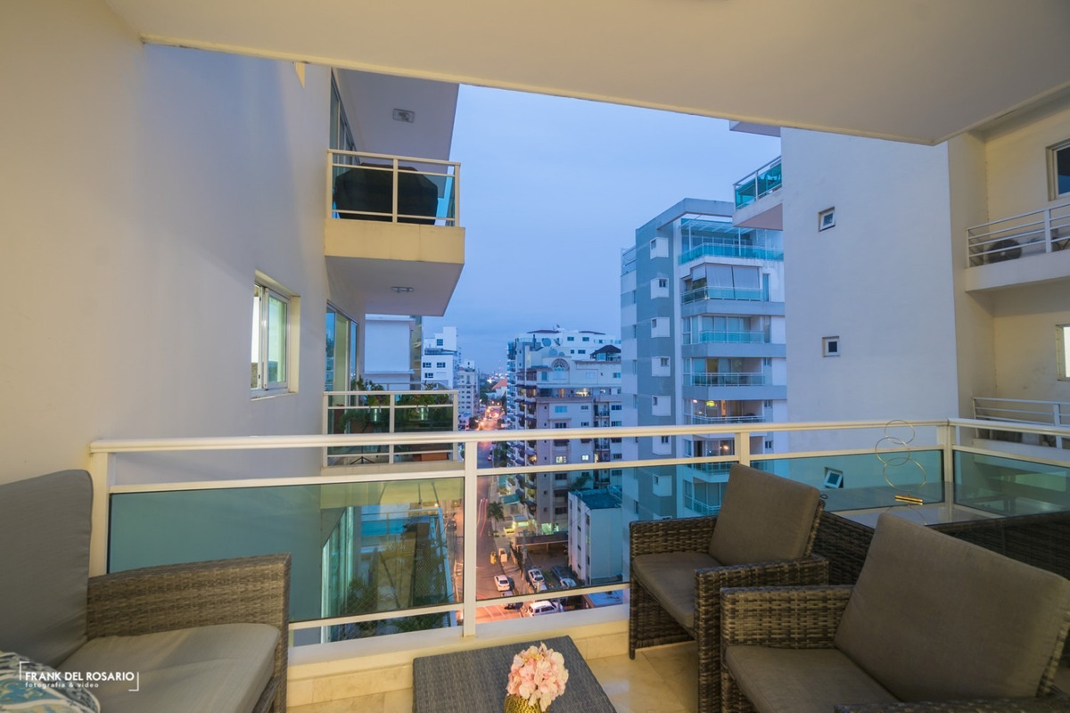 apartamento amueblado de 3 habitaciones en naco