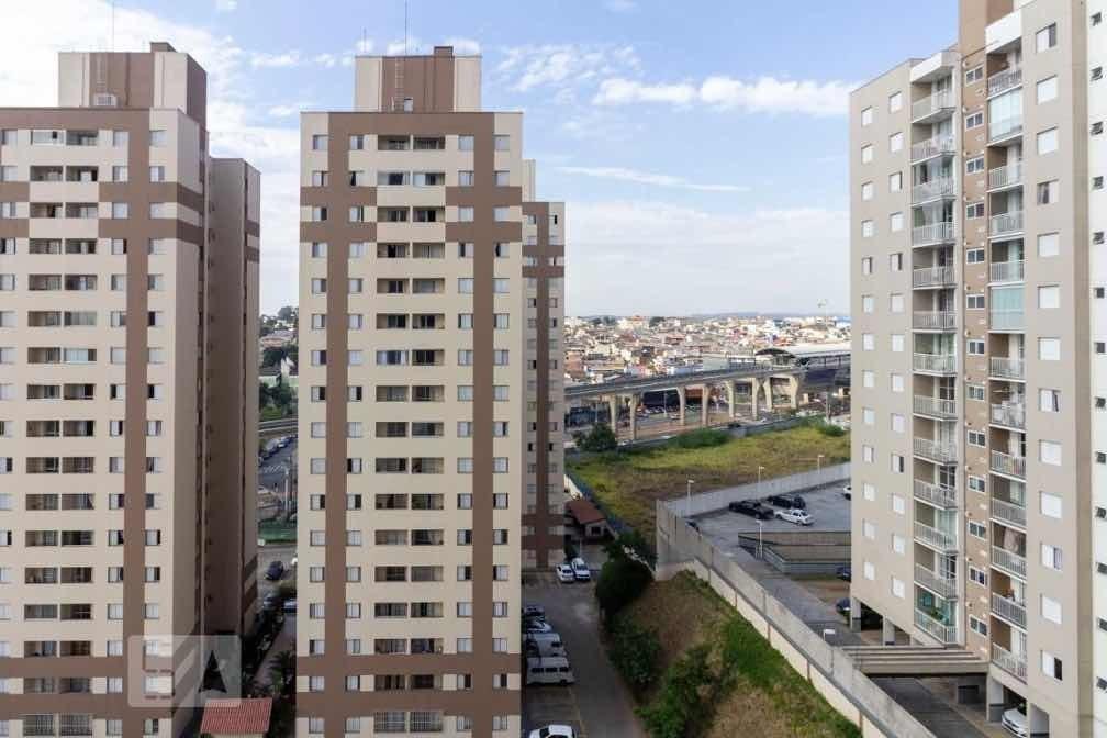apartamento ao lado do metrô